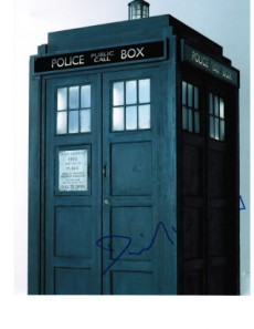 "David Verrey Signed TARDIS picture ""Aliens of London"" and ""World War Three"" Autograph"