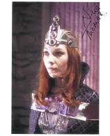 Nina Thomas (Doctor Who) - Genuine Signed Autograph 7768