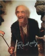 Ron Moody (Oliver) - Genuine Signed Autograph 6680